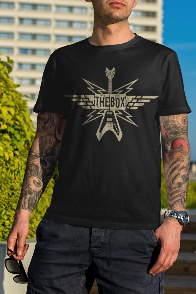 the box guitar t-shirt black
